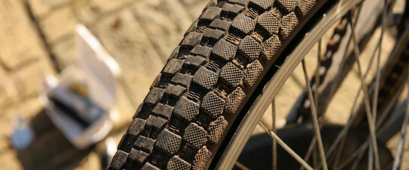 biking-southern-downs-tyre